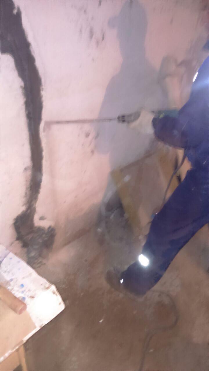 Рис 4 Рабочий процесс инъецирование трещин на строительным объекте